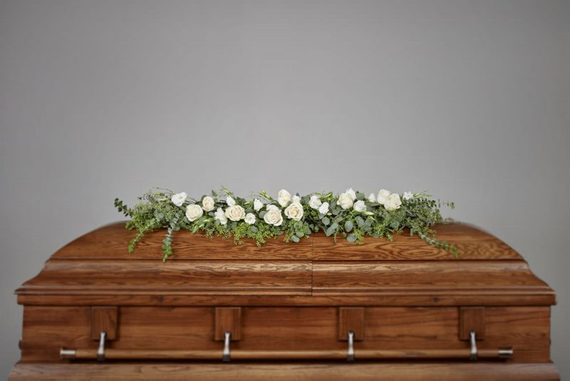 Garland 800x534 - Rose and Eucalyptus Casket Garland