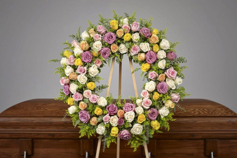 Pastel Rose Wreath 800x534 - Pink Collection Easel