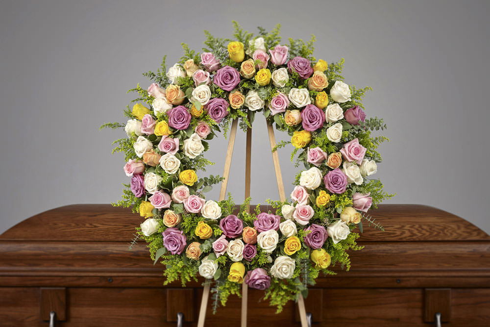 Pastel Rose Wreath - Pink Collection Easel