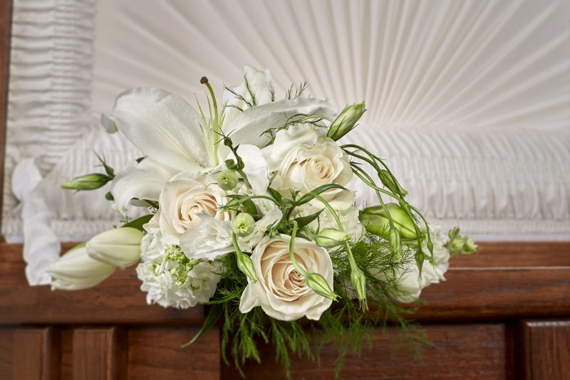White Lid Bouquet
