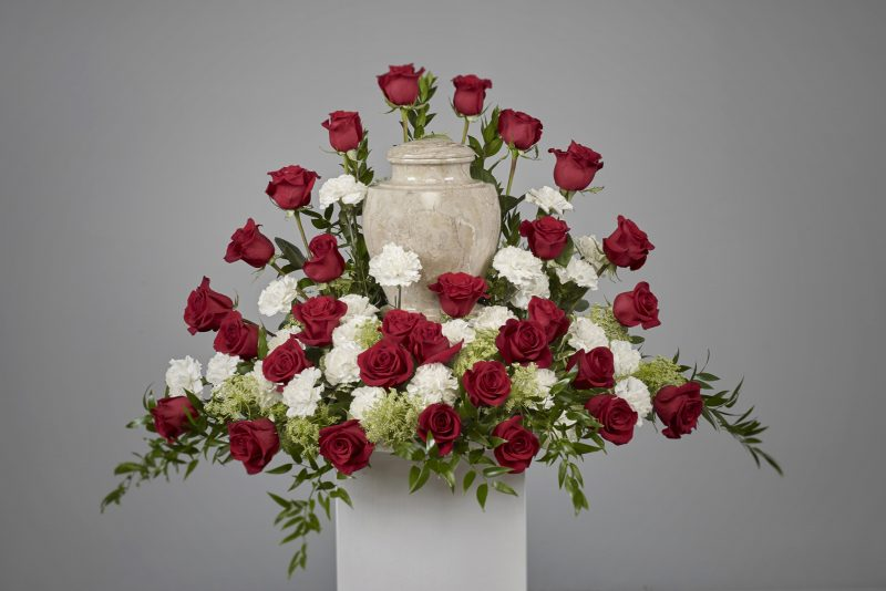 carnation rose urn package69352 1 800x534 - Roses and Carnations Cremation Arrangement