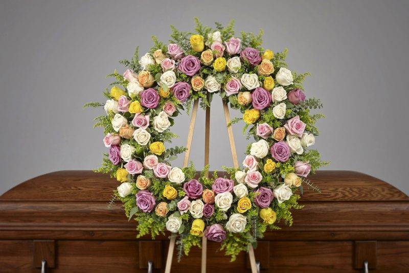 Pastel Rose Wreath 800x534 - Pastel Rose Wreath